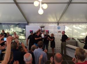 Die neuen Weltmeister: Martin Christiansen und Crew mit dem Gold Cup